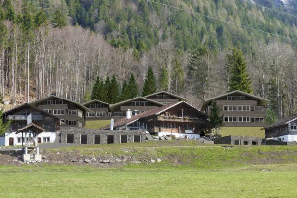 Hotel-Restaurant mit 17'214 m2 Bauland